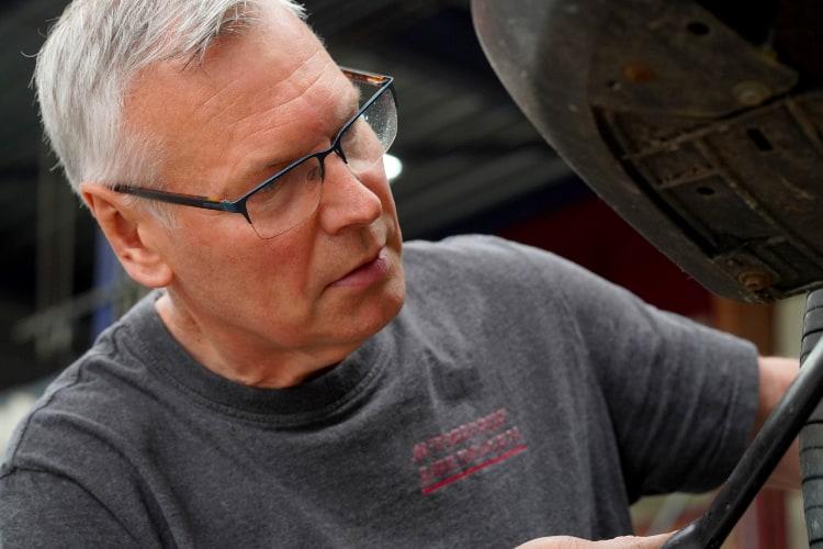 George van Autobedrijf Jabe Dongen